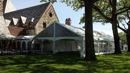 10ft wide x 25ft walkway tents to buffet