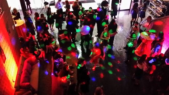 revo 4 effect lights on dance floor