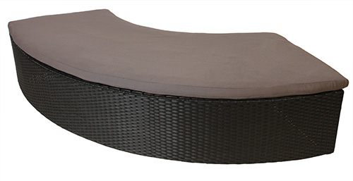 Outdoor Woven Serpentine Bench